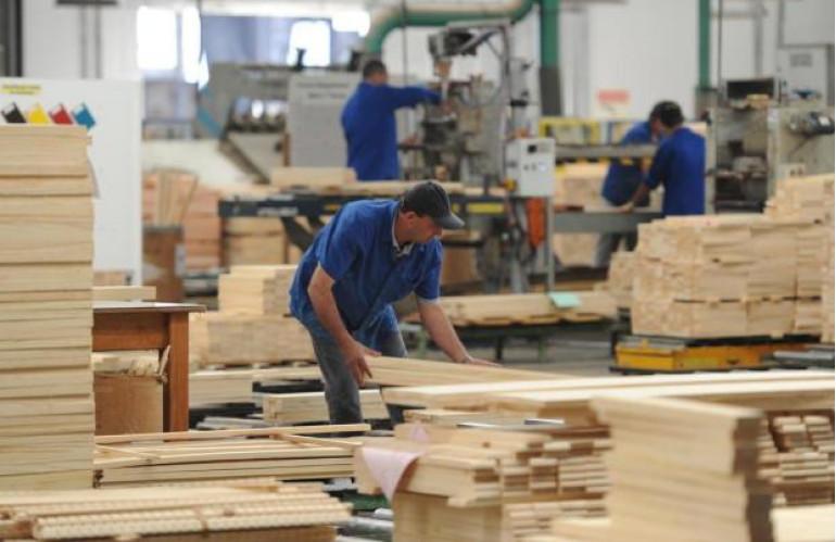 industria-investimentos-crise-greve.jpg