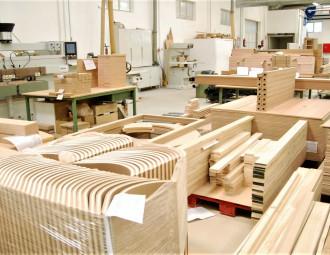 Fabrica-de-moveis-portugues_(2).jpg