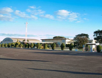 aeroporto_arapongas.jpg