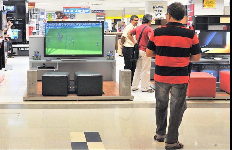 lojas_em_brasilia_(2).jpg