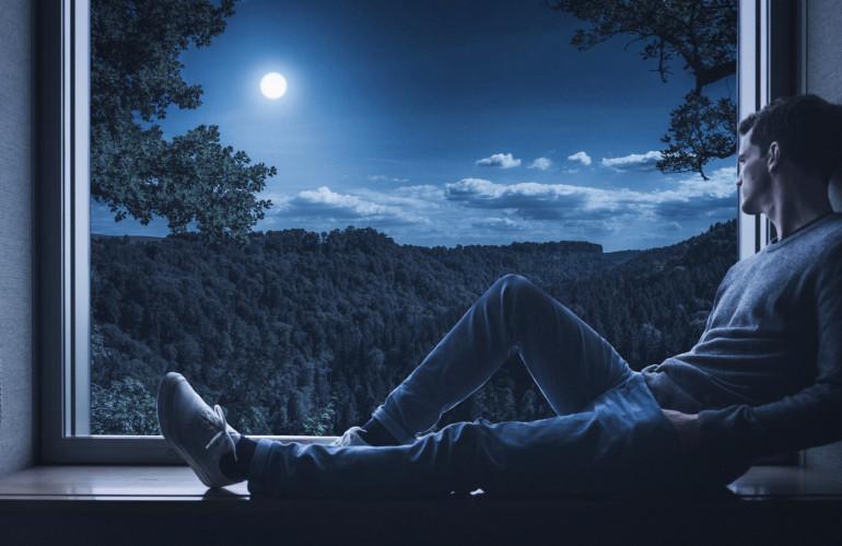 man-person-solo-window-alone-thinking-1454203-pxhere.com.jpg