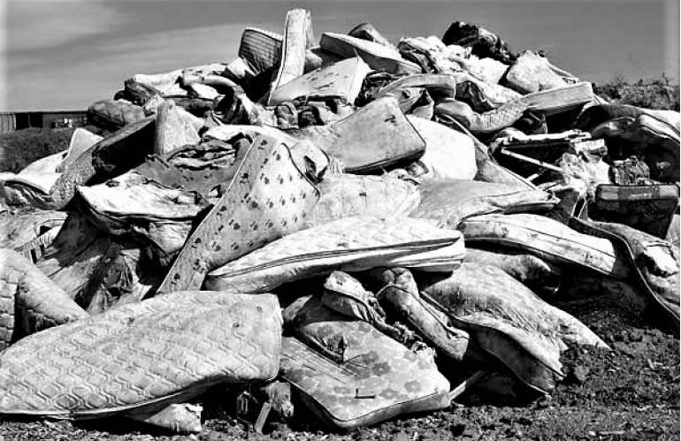 mattress-landfill.1.jpg