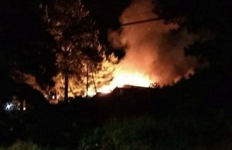 incendio_fabrica_moveis_rio_negrinho_divulgacao_bombeiros_0.jpg