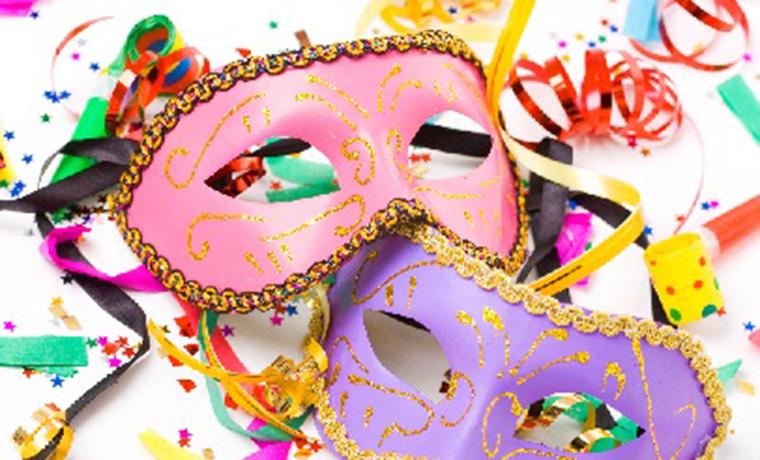 Carnaval não é feriado - Móveis de Valor